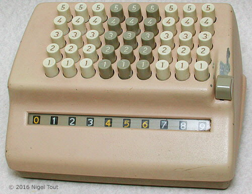 Comptometer with abbreviated keyboard